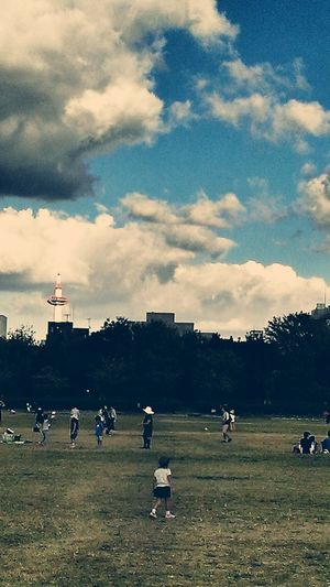 京都タワーのチラ見せ。 Tower Park Playground Sky