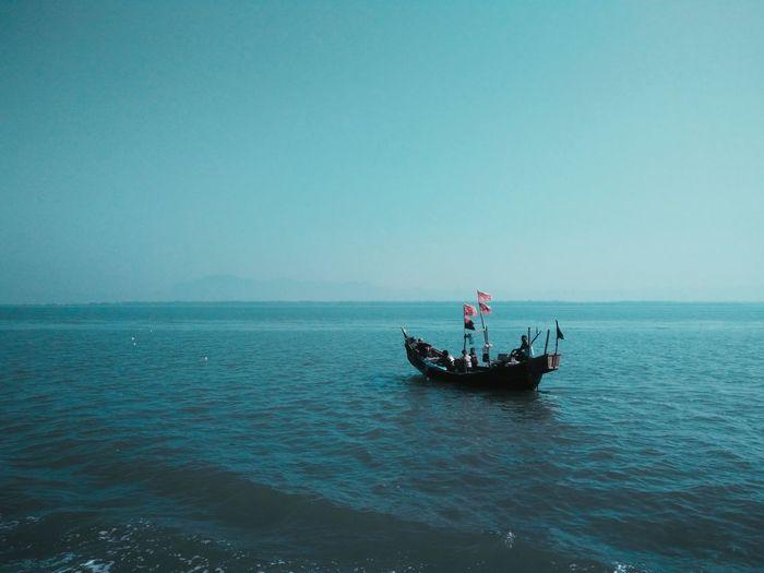 OPX Lightroom Shotononeplus SnapSeedApp Studytour2017 #Bangladesh #saint_martin #boat Outdoors People Sky Nature