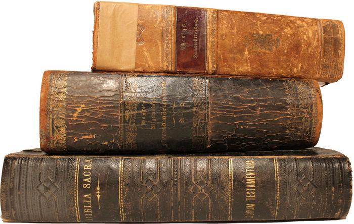 Bücherstapel Alt Antiquarisch Bibliothek Bücher  Bücherstapel Freigestellt Lesen Stapel Studieren Wissenschaft
