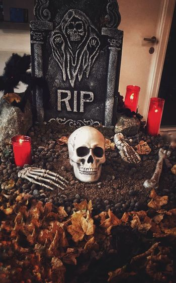 Halloween time!!👻 Eyeemtrickortreat Halloween EyeEm Homedecoration Halloweendecor Spooky Trickortreattime SpookyHalloween Skeleton Skulls & Bones Diademuertos Halloweentime Sabadell, Barcelona