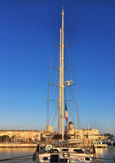 Mer Mediterranée Côte D'Azur Port Au Bord De L'eau Sea Mer Water Boat Bateau Voilier Ville Saint Raphael
