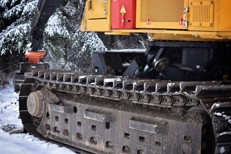 Winter Outdoors Building Exterior Snow No People City Architecture Day Mountain Snow ❄ Work Equipment Logging Equipment Logging Logging Roads Industrial Equipment Industry Cold Temperature Machinery Winter Snow Covered Office View Scenics Tree Snowing