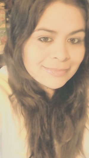 Lo Sé, Soy Rara Enferma Asi Me Veo Hoy !! Ni Soy Tan Guapa :3 No Soy Perfecta, Soy Real. <3