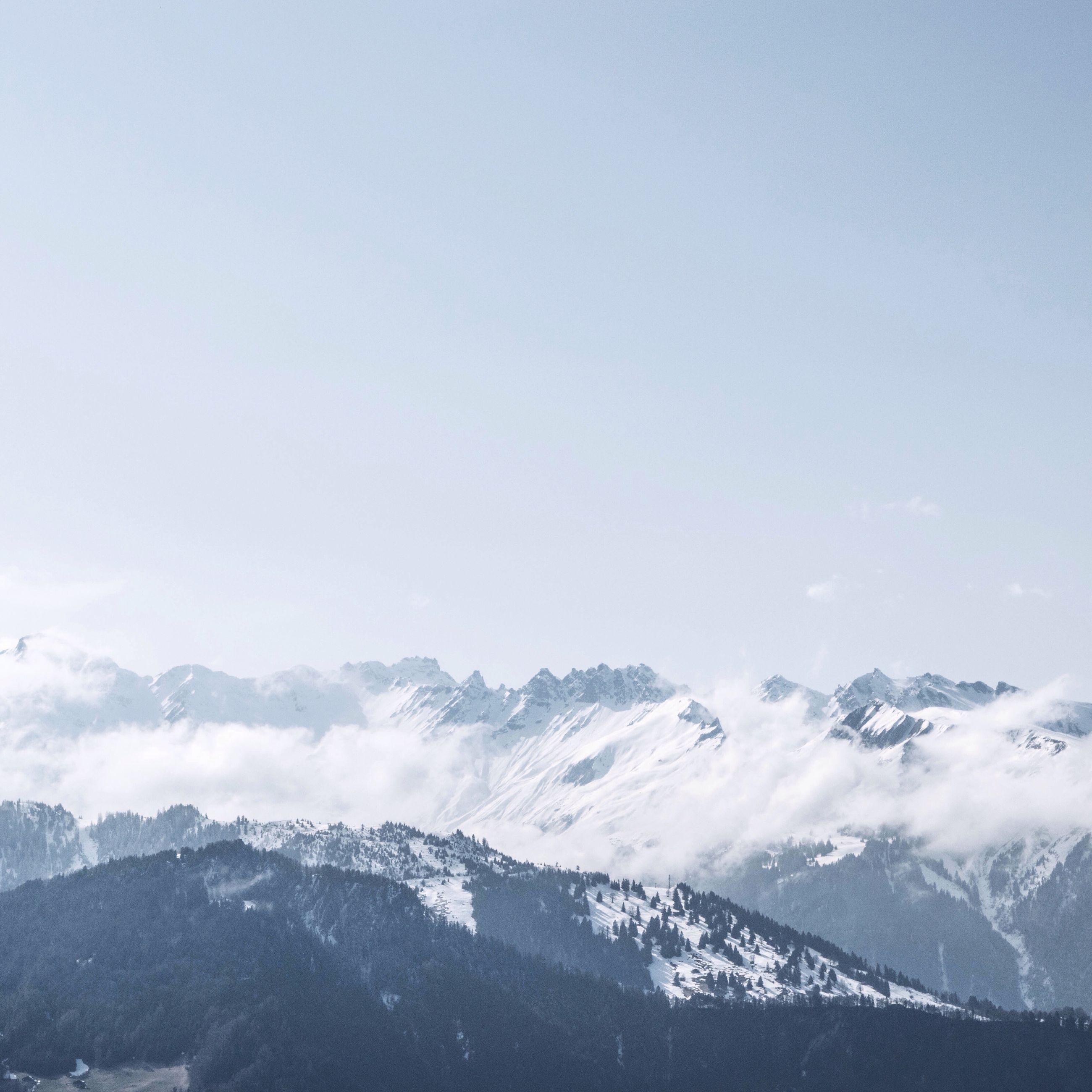 mountain, snow, winter, cold temperature, scenics, tranquil scene, mountain range, beauty in nature, tranquility, snowcapped mountain, weather, season, nature, copy space, clear sky, idyllic, landscape, majestic, non-urban scene, sky