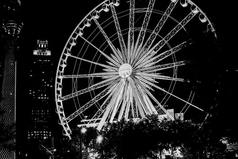 Lieblingsteil Ferris Wheel Arts Culture And Entertainment Amusement Park Outdoors No People Amusement Park Ride Night Low Angle View Sky Nightphotography Blackandwhite Black And White Black And White Photography Relaxing Relaxation Night Lights Night Photography City City Life Cityscape Cityscapes Welcome To Black