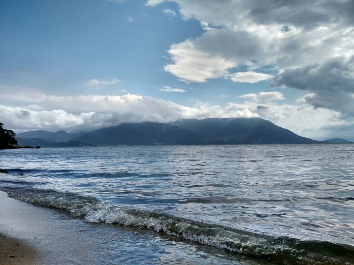 Praia Calma Floripa Praia Linda Florianópolis Water Sea Beach Mountain Wave Sand Sky Landscape Cloud - Sky Calm Storm Cloud Horizon Over Water Ocean Surf