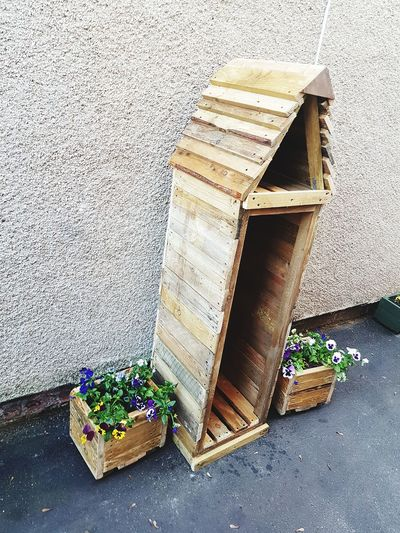 another finished log store Outdoors Grafter Nails Screws Reclaimed Wood Recycled Upcyled Handmade By Me All Woman No Man Needed Love What I Do Hobby Craft Carpentry Wood Work Plank Treated Flower Petal Bloom Matching Log Store Planter Offcuts Close-up Wooden Building Exterior