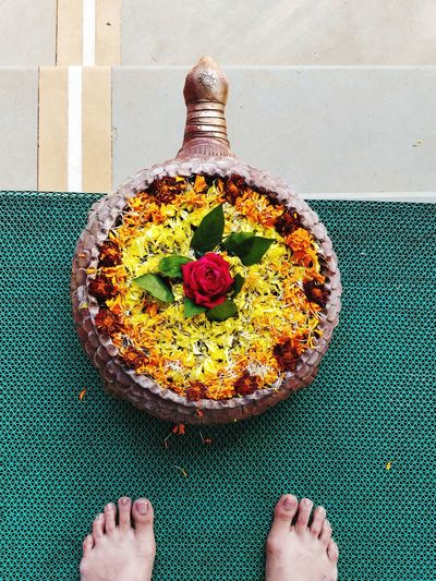 flowers that lead the way... Feet Flowers Bowl Of Flowers Top Shot Food And Drink Food One Person Freshness Indoors  Life Events