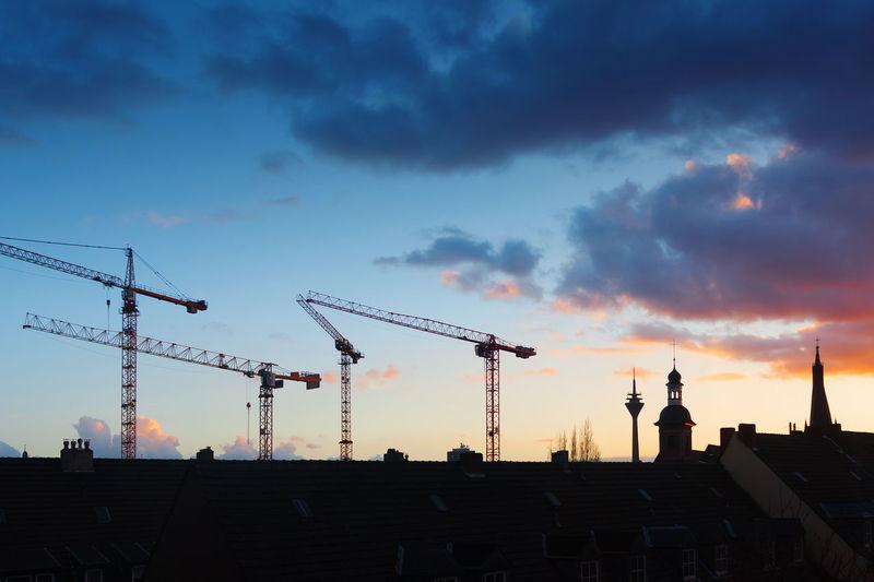 Düsseldorf, Germany, Crane Crane - Construction Machinery Deutschland Düsseldorf Germany Kräne NRW Outdoors Rheinturm  Silhouette Sky TakeoverContrast