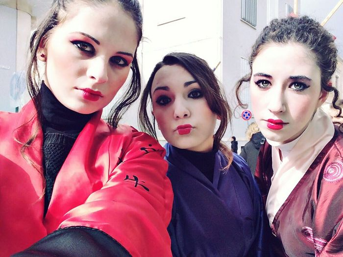 ? Geisha Tokyogirls Friends ❤ Happiness Happy People Secondeyeemphoto Beautiful Day Photooftheday Carnaval2015 Stylish