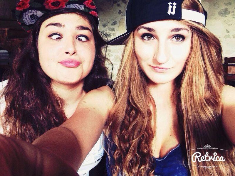 Selfie Retrica Unkut Girls