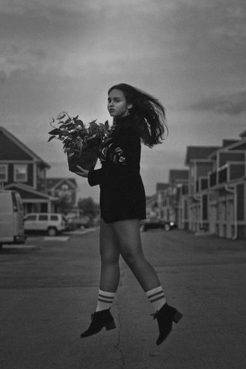 8:24pm Fashion Jump Architecture Beautiful Woman Black And White Building Exterior Built Structure City Focus On Foreground Full Length Hairstyle Holding Leisure Activity Lifestyles Movement Nature One Person Outdoors Real People Side View Sky Standing Women Young Adult Young Women The Fashion Photographer - 2018 EyeEm Awards The Portraitist - 2018 EyeEm Awards Urban Fashion Jungle A New Perspective On Life
