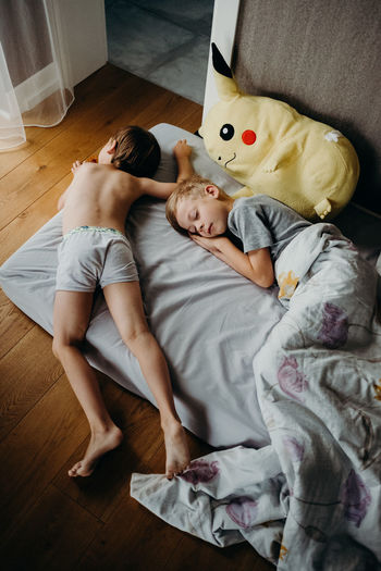 Bed Children EyeEm Best Shots EyeEm Gallery Family Home Kids Morning Relationship The Week on EyeEm Boys Brothers Child Kid Lifestyles Real Life Real People Sleep The Week On EyeEm Editor's Picks