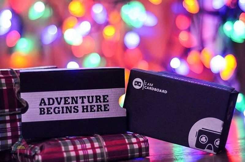 Adventure begins here ✌ Iamcardboard Bokeh Product Shot Product Photography Virtual Reality Simulator Virtual Reality Christmas Lights Lights Gifts