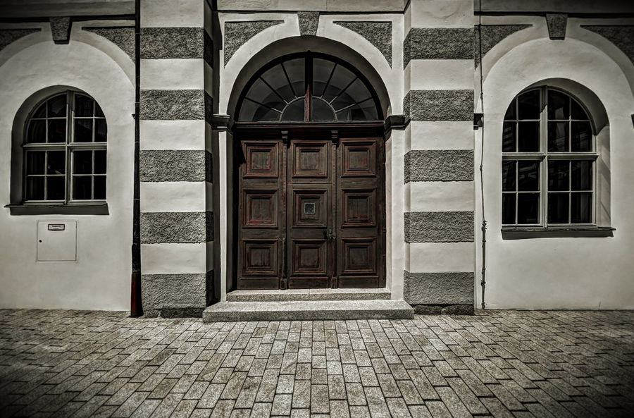 Symmetric Facade Gate The Graphic City Waldsassen Arch Architecture Door Monastry Symmetry Window
