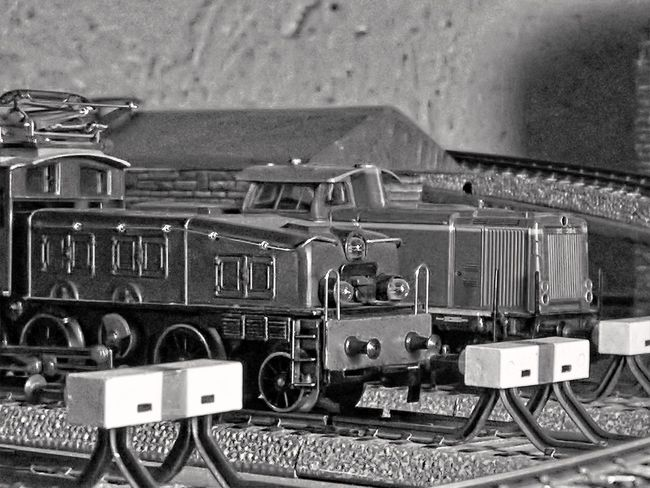 Antique Black & White Blackandwhite Close Up Close-up Detail Diesel Locomotive Electric Locomotive Gears HDR Hdr_Collection Machine Part Machinery Mechanic Metal Metallic Model Trains Monochrome Old Old-fashioned Part Of Precision Stationary Wheel Monochrome Photography