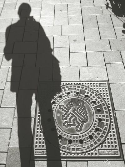 Schooting day begins now. Selfie shadow shot before starting. TwentySomething Meeting Friends Urban Photography Getting Creative Fall Beauty Untold Stories Light And Shadow EyeEm Gallery Popular Photos EyeEmbestshots