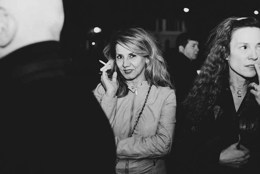 Light And Shadow Blackandwhite Monochrome EyeEm Masterclass EyeEm Bnw Portrait Of A Woman Smoking