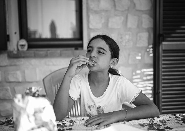 Breakfast of young girl