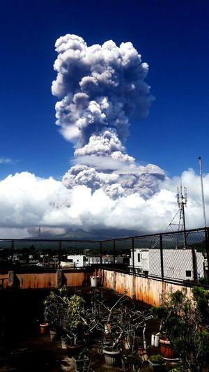 explosion of mt. mayon Oil Pump Sky Cloud - Sky
