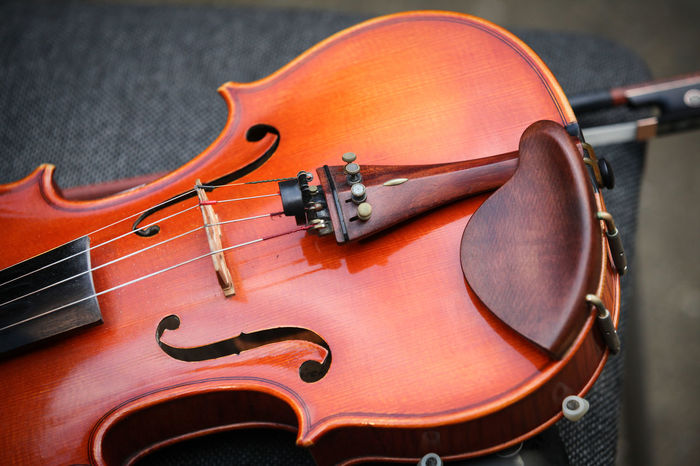 Arts Culture And Entertainment Classical Music Close-up Day Indoors  Music Musical Instrument Musical Instrument String No People Violine