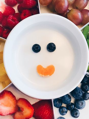 Fruit smile Fruit Smile Creative Party Tray Mealtime Appetizer Center Of Attention Dessert Potluck Healthy Eating Healthy Lifestyle Happy Healthy Food Food Healthy Snack Time! Annie1029 Center Focus Centered Composition Be. Ready. Resolution Resolutions Love Yourself