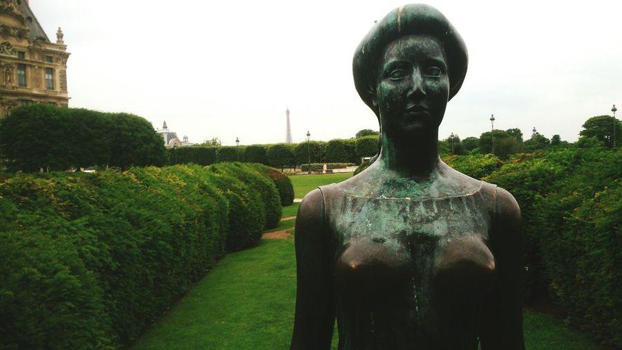 Paris, France  Statue EyeEm Gallery