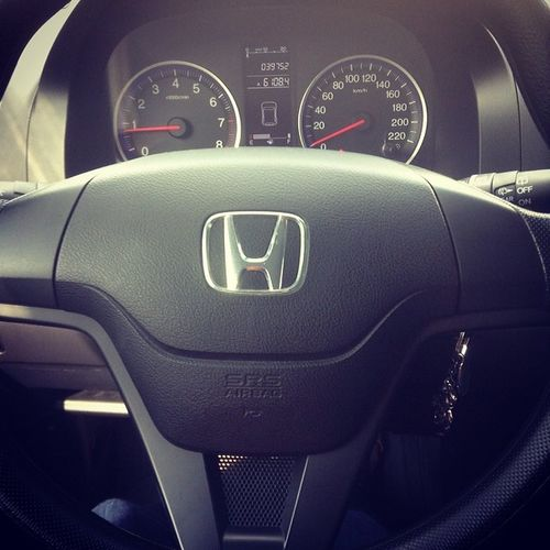 That weird feeling you get when you suddenly notice the instrument panel and steering wheel smiling at you. Iseefaces Facesinplaces Iseefacestoo Happybatins Batintin Honda Car CRV