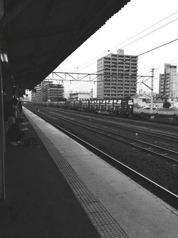 続きは明朝頑張ります👋 Public Transportation Railway Station Train Station Go Home