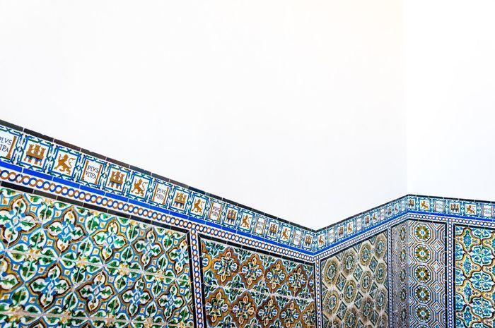 Alcazar Tiles Architecture Stairs Pattern Patterns Sevilla Seville España Contrast