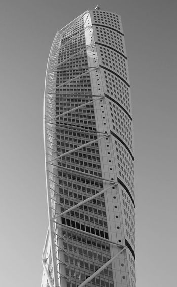 Turning Torse in blackandwhite Black & White Turning Torso Architecture Black And White Blackandwhite Building Exterior Built Structure Low Angle View Modern Skyscraper Tall - High The Architect - 2018 EyeEm Awards