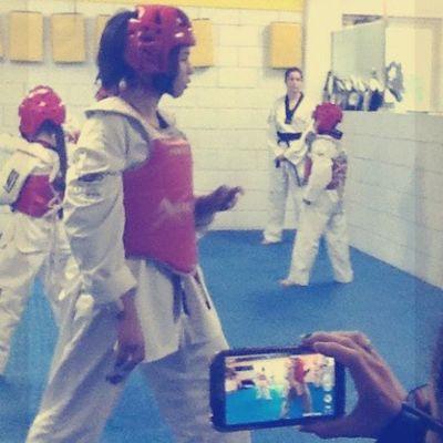 Followem Please . Mas que un deporte es mi corta vida, he pasado buenos y malos momentos, pero sigo ahi :) Taekwondo