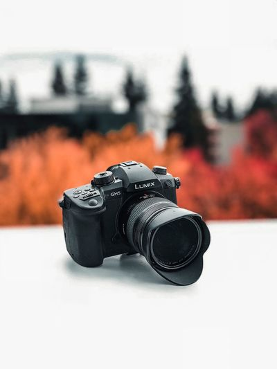 Shooter 📸 Moody Panasonic Lumix Panasonic  Camera Gh5 Close-up Focus On Foreground Single Object