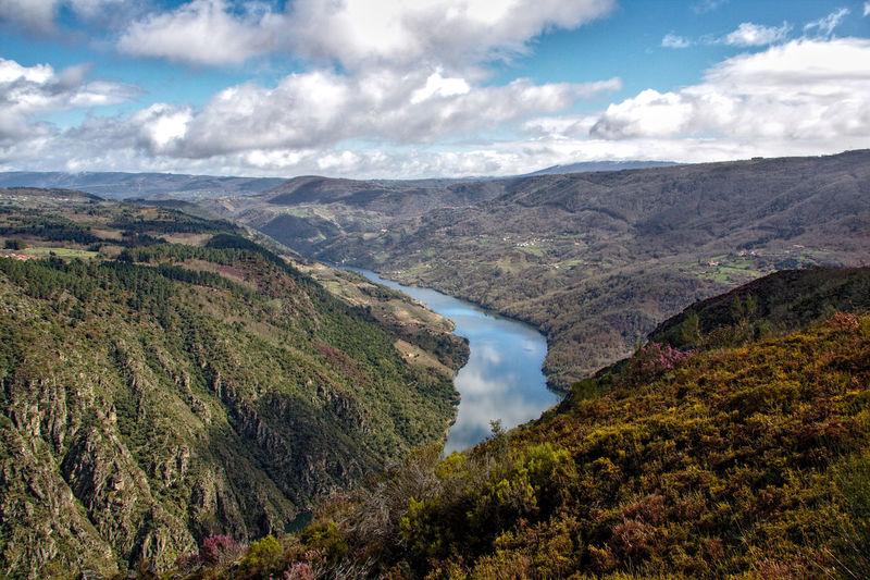 Cloud - Sky Mountain Beauty In Nature Scenics - Nature Sky Environment Landscape Nature River Mountain Range Galicia