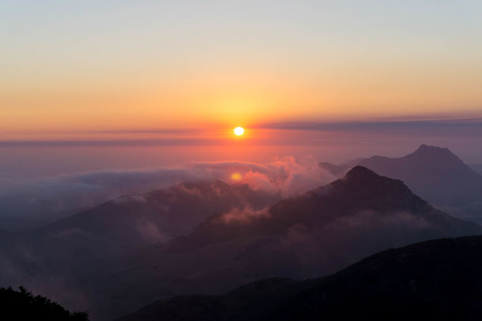 Another shot of the sunset from the top of Bishops Peak. Mountain Outdoors Landscape Sunset Sky Mountain Peak California Bishops Peak Sony A6000 San Luis Obispo Colors Of Nature
