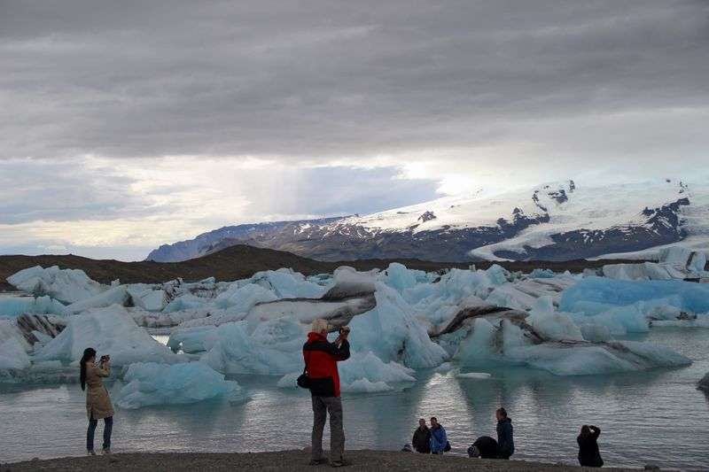 Jökulsárlón, Iceland. Adventure Beauty In Nature Canon 600d Eos Cloud - Sky Cold Temperature Frozen Glacier Great Outdoors-EyeEm Awards 2017 Iceberg - Ice Formation Icelandic Summer Landscape_photography Lifestyles Live For The Story Mountain Nature Outdoors People Photography People Taking Photos Scenics Shot Snow Standing Wanderlust Water Weather The Great Outdoors - 2017 EyeEm Awards EyeEmNewHere Visual Feast