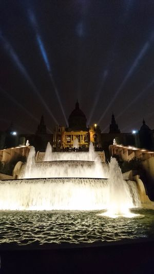 Long Exposure Architecture Water Night Illuminated Motion Fountain Building Exterior Blurred Motion Travel Destinations Tourism Built Structure Travel History Sky Spraying Outdoors Low Angle View Statue Barcelona Mycredittobarcelona Fountain Illumination Lights Lightbeams