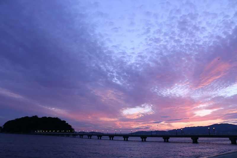 今日の夕焼け Sunset Sky Beauty In Nature Nature Sea Ocean Dramatic Sky Enjoying Life 写真撮ってる人と繋がりたい 写真好きな人と繋がりたい Canon 70d ファインダー越しの私の世界 EyeEm Best Shots EyeEm Gallery Canon EOS 70D 広角レンズ
