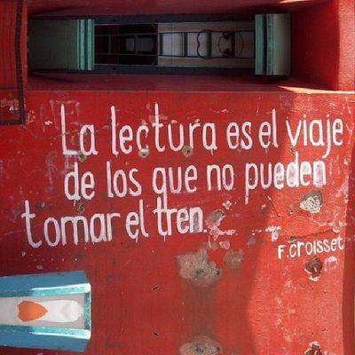 FCroisset La Lectura es el viaje de los que no pueden tomar el tren Frases InstanPhrases Ebook Libro Epub Book poema poesia InstaGood InstantFollowBack photoforlike Like