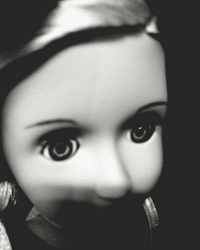 Looking At Camera Arts Culture And Entertainment Shadow Textured  Personal Perspective Individuality Black & White Photography Blackandwhitephoto Pretoebranco Blackandwhite Doll Photographer Doll Head Boneca Brinquedo Toys Toy Photography