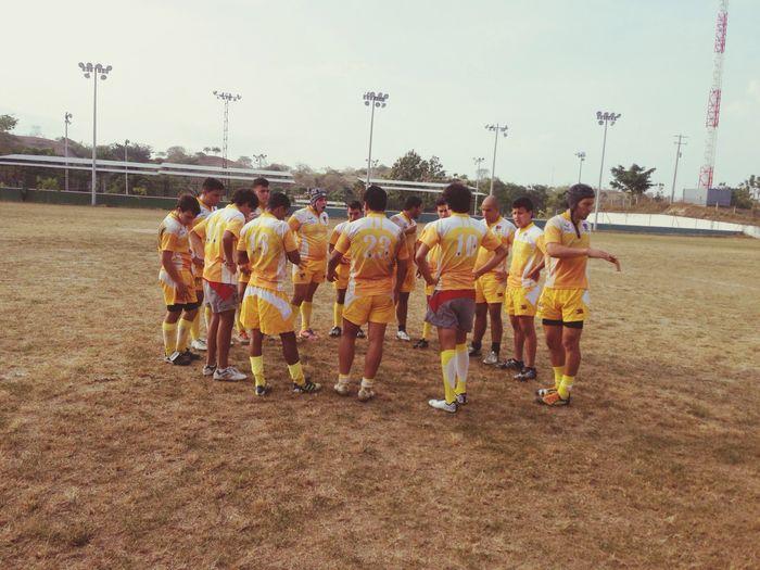 Rugby en el calor de Sincelejo. Rugby
