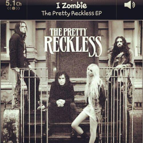 Theprettyreckless IZombie Ep Album . taylormomsen