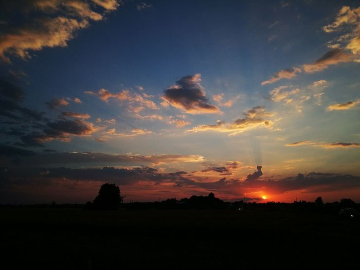 Sunset Landscape Dramatic Sky Cloud - Sky Nature Outdoors Travel Destinations No People Tranquility Beauty In Nature Night Tree EyeEmNewHere Colour Your Horizn
