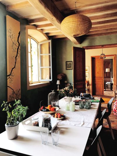 France Relaxing Rhône Travel Countryside Dining Table Food Food And Drink French Home Interior Indoors  Interior Design Luxury Place Setting South Of France Summer Table Travel Destinations Vacation