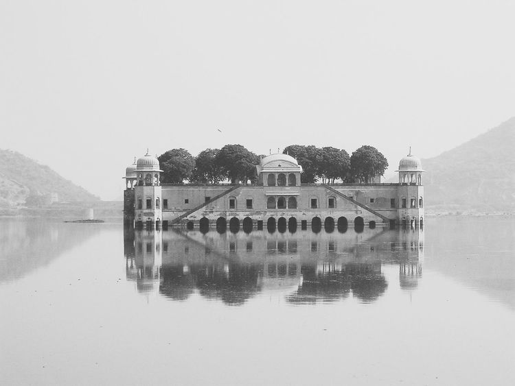 Jalmahal Palace, Jaipur. An Eye For Travel Travel Destinations Travel Travel Photography Rajasthan India Jalmahal Jalmahalpalace Palace Waterpalace  Building Exterior Built Structure Outdoors