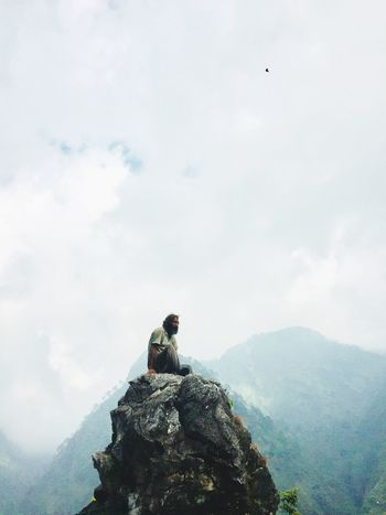 hills loneliness peace Alone Katra Weather Peace Lonelyness Clouds And Sky TrikutaHills EyeEmNewHere EyeEmNewHere