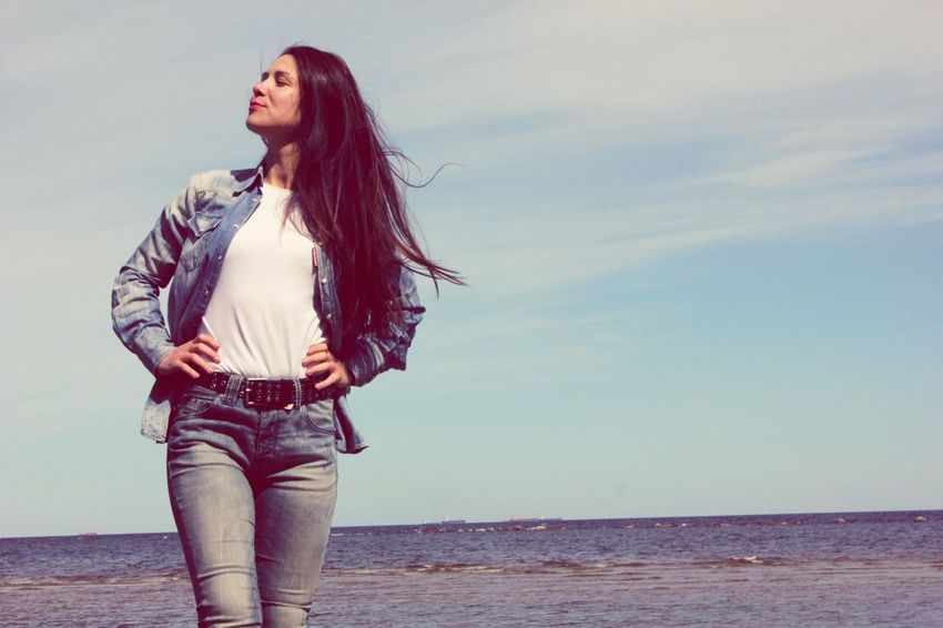 Standing One Person Water Real People Casual Clothing Long Hair Sea