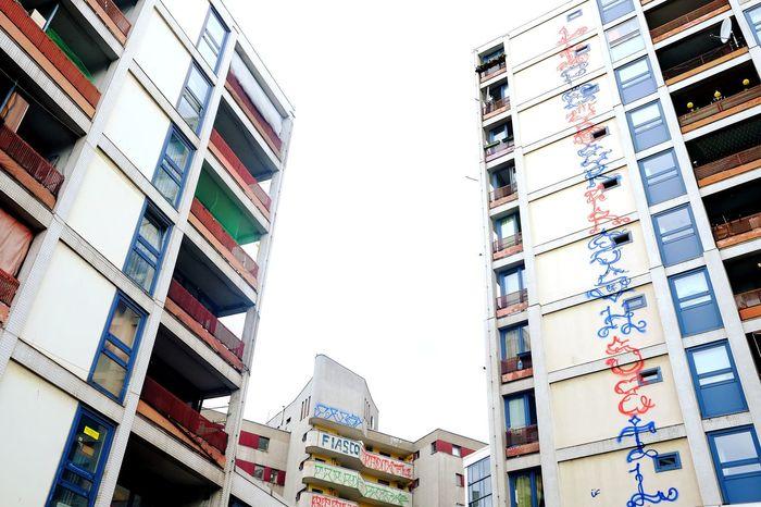 Kotti D'Azure Trinity Grafitti Symmetry Architecture