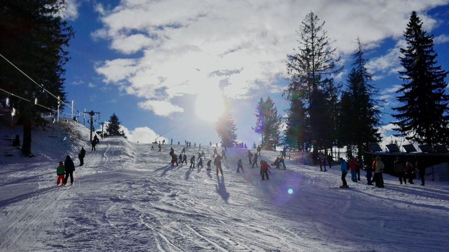 It's Cold Outside Wintertime Snowboarding Snow❄⛄ Perfectday Open Edit Popular Sunshine Paltinis Relaxing Enjoying Life Perfect Winter Day People And Places Snow Sports A New Perspective On Life