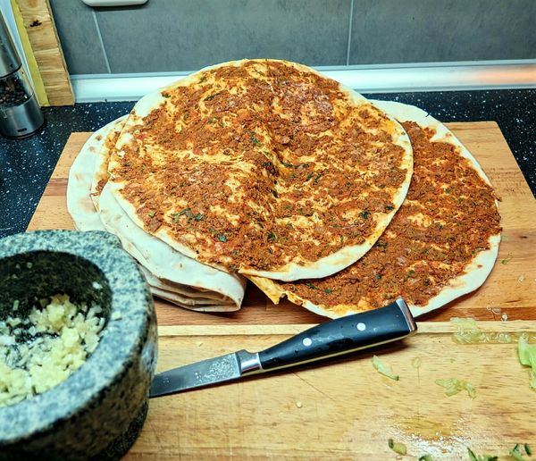 Ladyphotographerofthemonth Lahmacun Kitchen Mess Healthy Eating Healthy Lifestyle Healthy Food Fresh Produce Fresh Ingredients Cooking At Home Cooking Cooking Process Cooking Ingredient Healthy Lifestyles My World Of Food Foodphotography Cookingwithlove On The Table Dinner Turkish Food Yummi Garlic